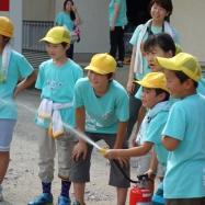 各班の1~6年生は協力し合って的当てに挑戦します!